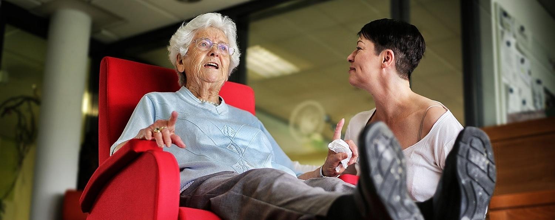 Der Demenzschaukelstuhl – finanziert durch Spenden