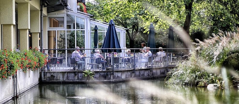 Seniorenzentrum Erikaweg – Terrasse des Cafés