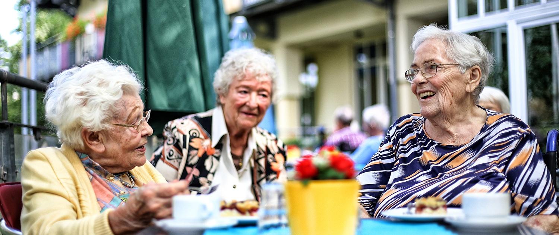 Warmer Mittagstisch für Bewohnerinnen und Gäste