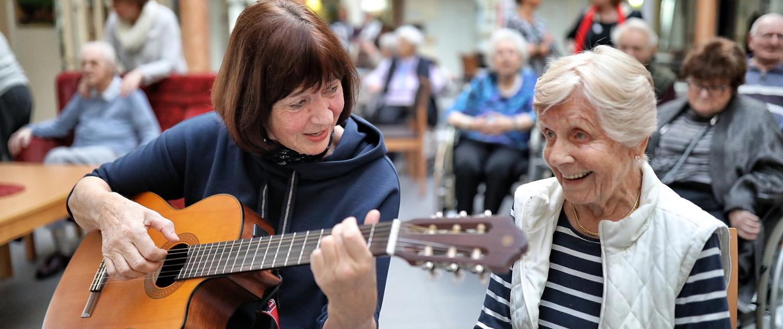 Veranstaltungen für Senioren – Musik im Seniorenheim